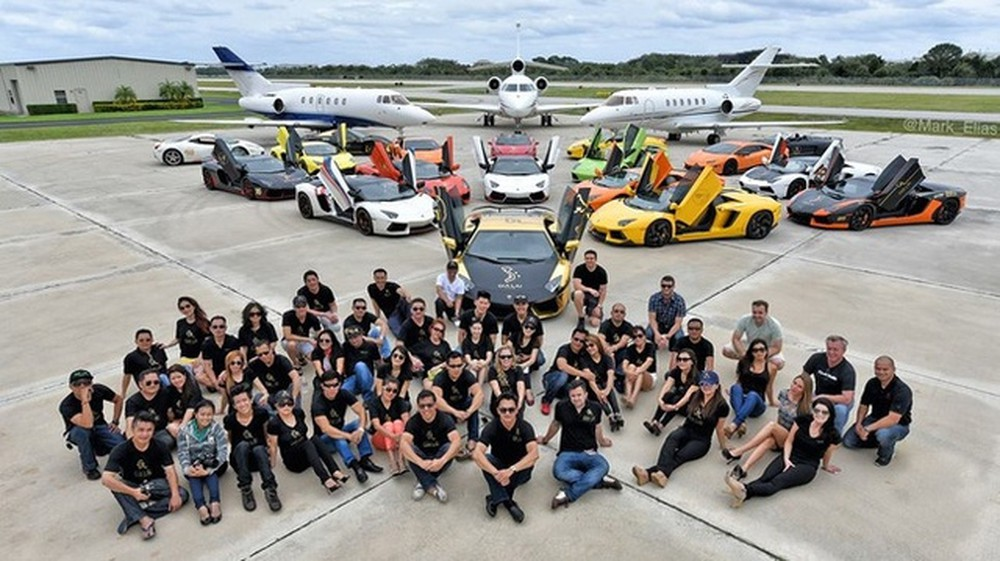 """See the """"super"""" supercar of Gia Lai Team in America"""