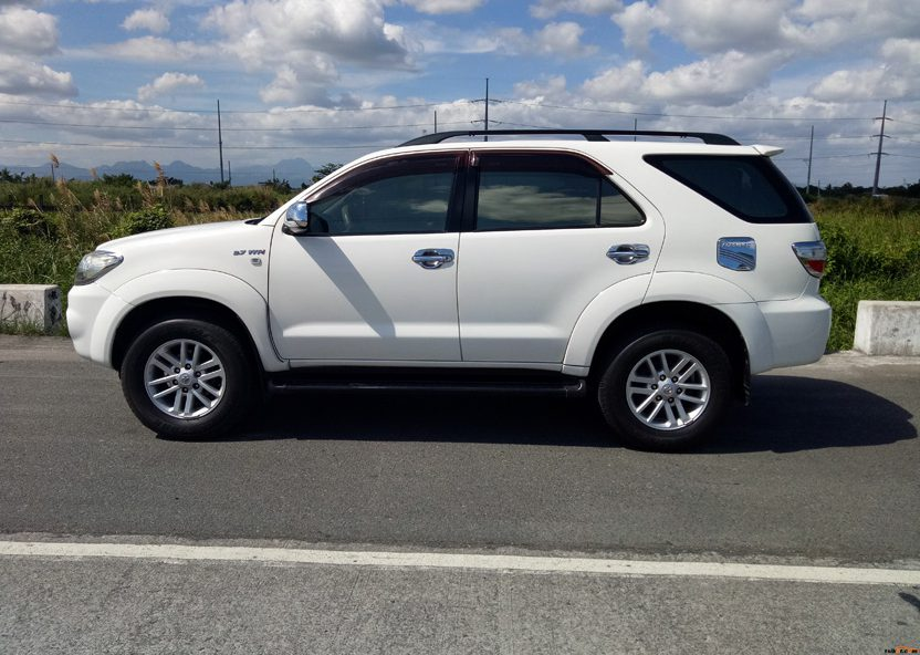 2009 Toyota Fortuner review