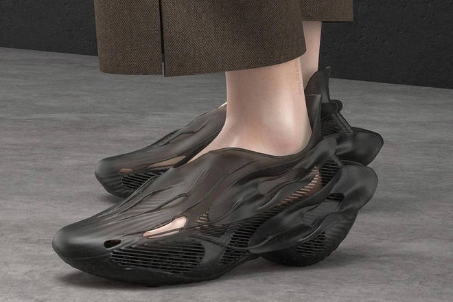 """SCRY launches Shuttle """"Shadow"""" - Futuristic 3D printed sneakers that are fully recyclable 3 minutes to read"""