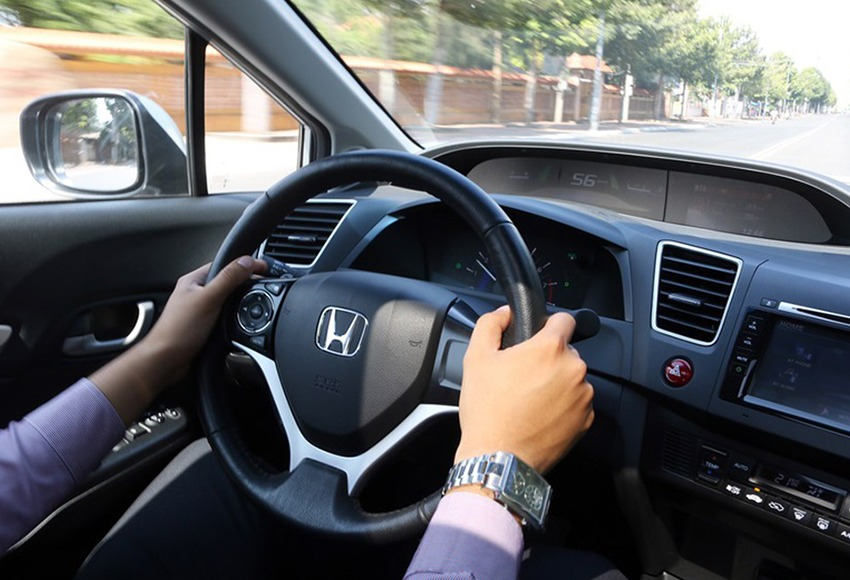 What is a ripped steering wheel?  How to recognize and adjust the steering wheel