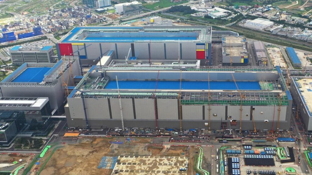 2 Samsung factories suspended operations because ... lack of power, RAM and SSD risk of price increase - Photo 1.
