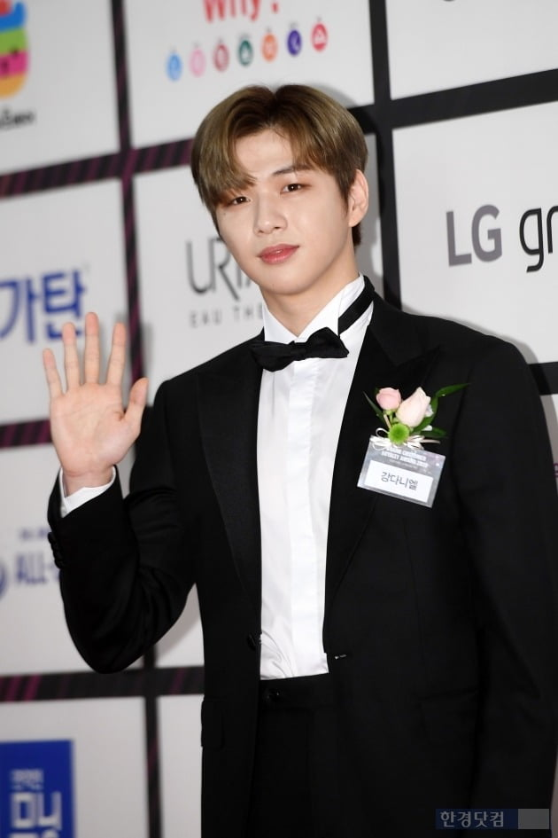 """Kang Daniel's official position, the 6th accusation proceeding """"I will go all the way"""""""