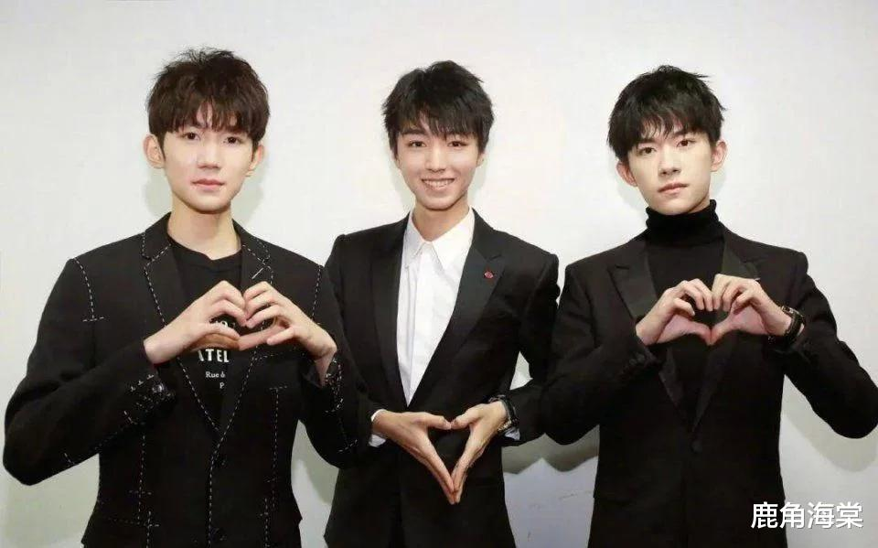 Feeling! After Wang Yuan flew solo, it is rare to have activities with his brothers!