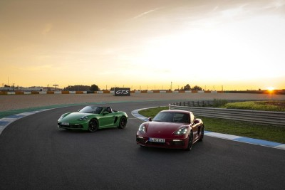 2021.02.09.  12,307 read Porsche launches 718 GTS 4.0 with 407 hp Autoview 31