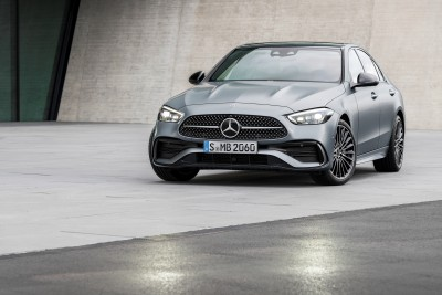 2021.02.23.  14,595 read Mercedes unveils new C-Class...  'Baby S Class' released in Korea at the end of this year Motor graph 23