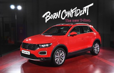 """2021.01.29.  11,071 read Volkswagen launches compact SUV'T-lock' in Korea """"Available for purchase from 32 million won""""       Auto Herald 33"""