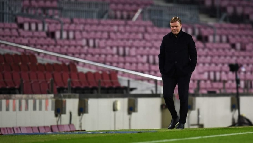 Laughing contentedly after losing to PSG, Coach Koeman still decided not to resign