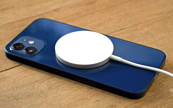 Learn about wireless charging for smartphones, is it better than wired charging?
