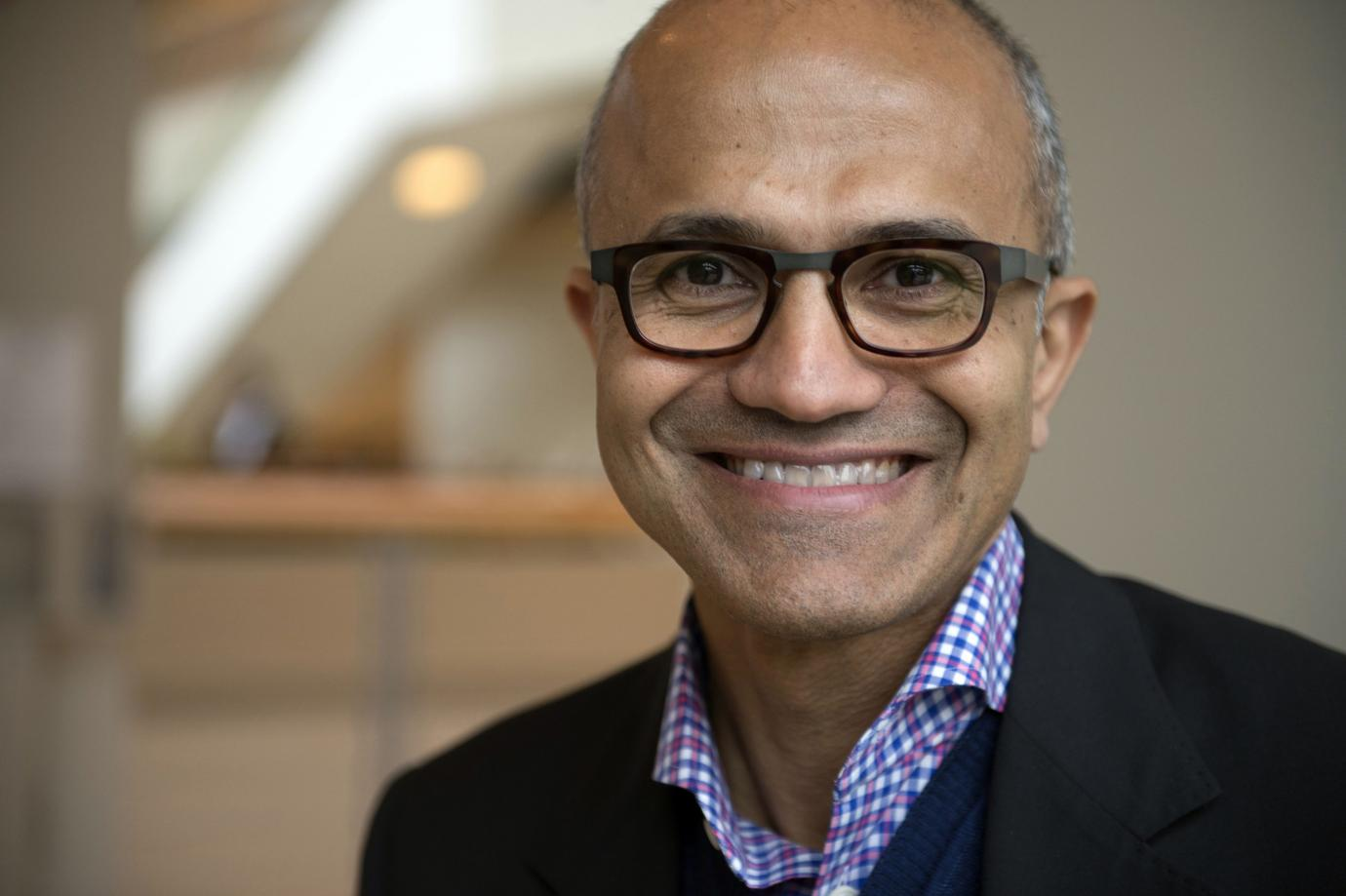 No longer dependent on Office, Microsoft's biggest source of revenue will be the cloud - VnReview