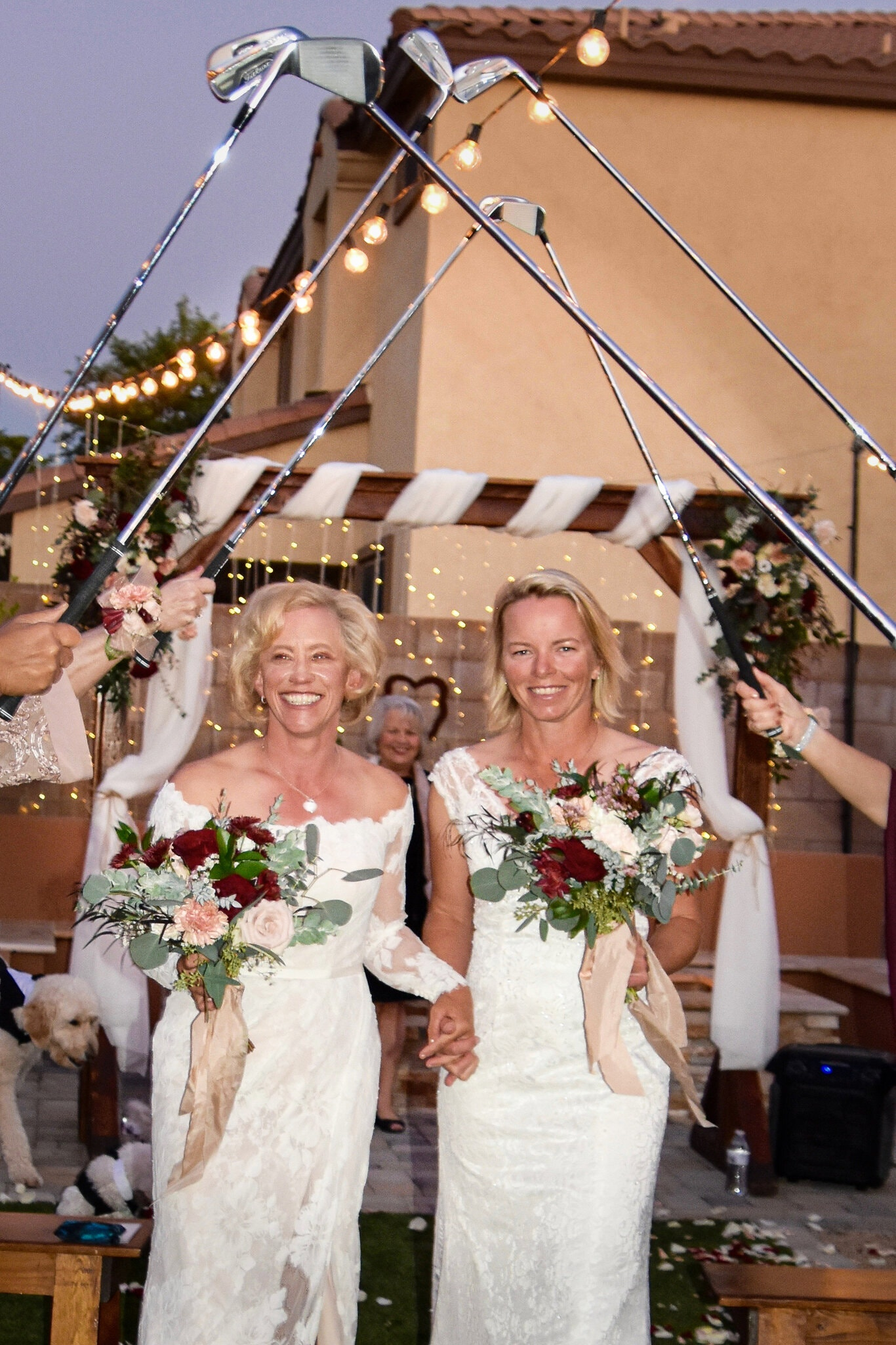 Bowman (left) in his wedding ceremony with Sharp on 23/11.  Photo: New York Times / Nancy Albright