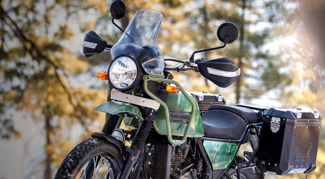 The new hand-held masterpiece was released for 74 million VND, the power surpassed the Yamaha Exciter and Honda Winner X photo 1