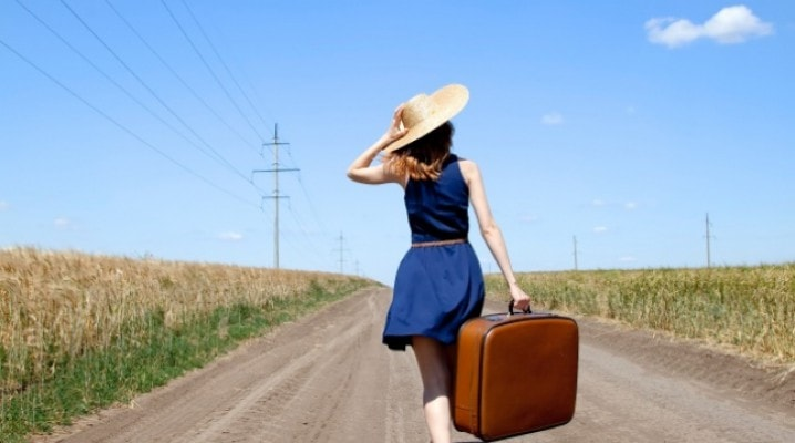 old-age-old-women-from-experience-and-to-do-from-season-from-to-di-phuot