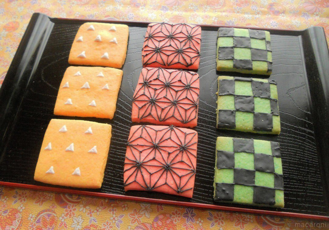 """recipe Try at home!Let's make a haori pattern cookie of the popular """"Kimetsu no Yaiba"""""""
