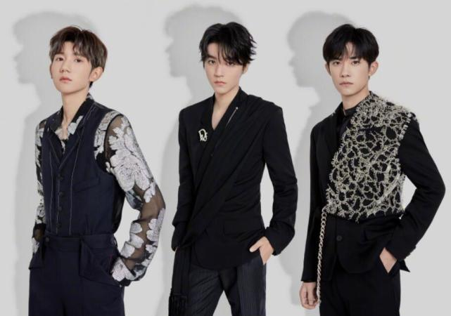 "TFBOYS revealed that the ""Spring Festival Gala"" program has been adjusted, Yi Yang Qianxi has returned to the crew, Wang Junkai reorganizes the team"