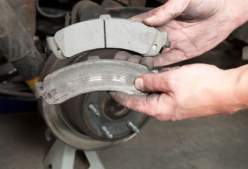When to change car brake pads?  How to check brake wear