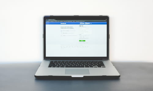 How to recover a deleted person on Facebook