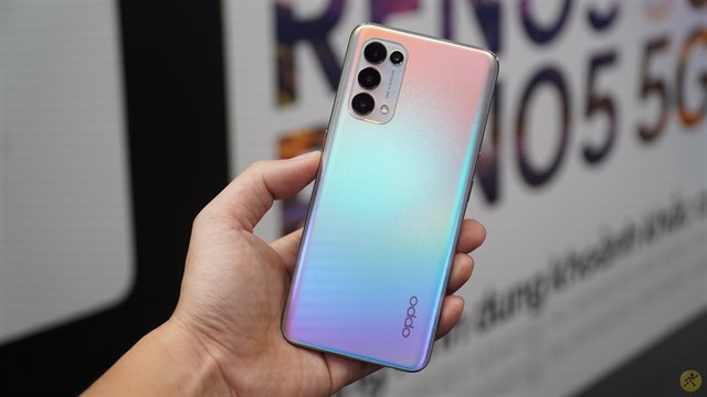 On hands OPPO Reno5 5G: Already beautiful, now possesses stronger performance and integrated 5G