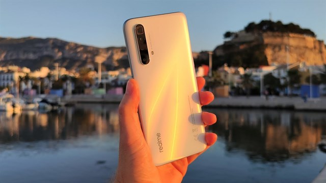 Realme X3 SuperZoom camera review: Excellent 5x zoom capability in well-lit conditions