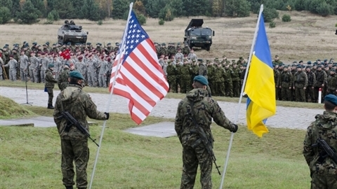 """The US will have a base close to Russia if it helps Ukraine capture Donbass"""