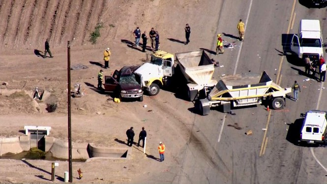 America: Car crammed with immigrants in distress, 21 casualties - photo 1