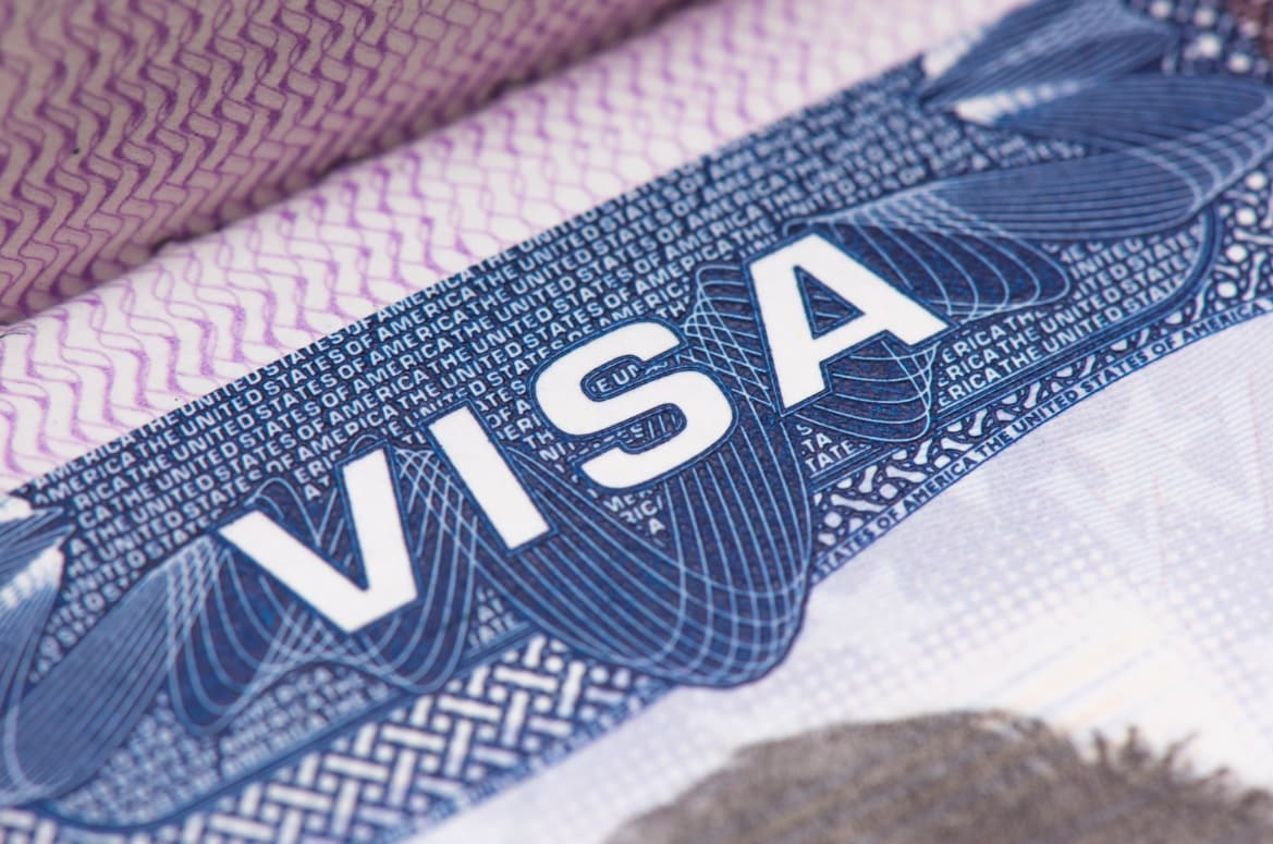 US: Proposed bill to cancel 10-year visas for all Chinese citizens