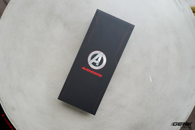 On hand OPPO Reno5 special Marvel Edition version: Price 9.7 million, limited to only 2000 units - Photo 1.