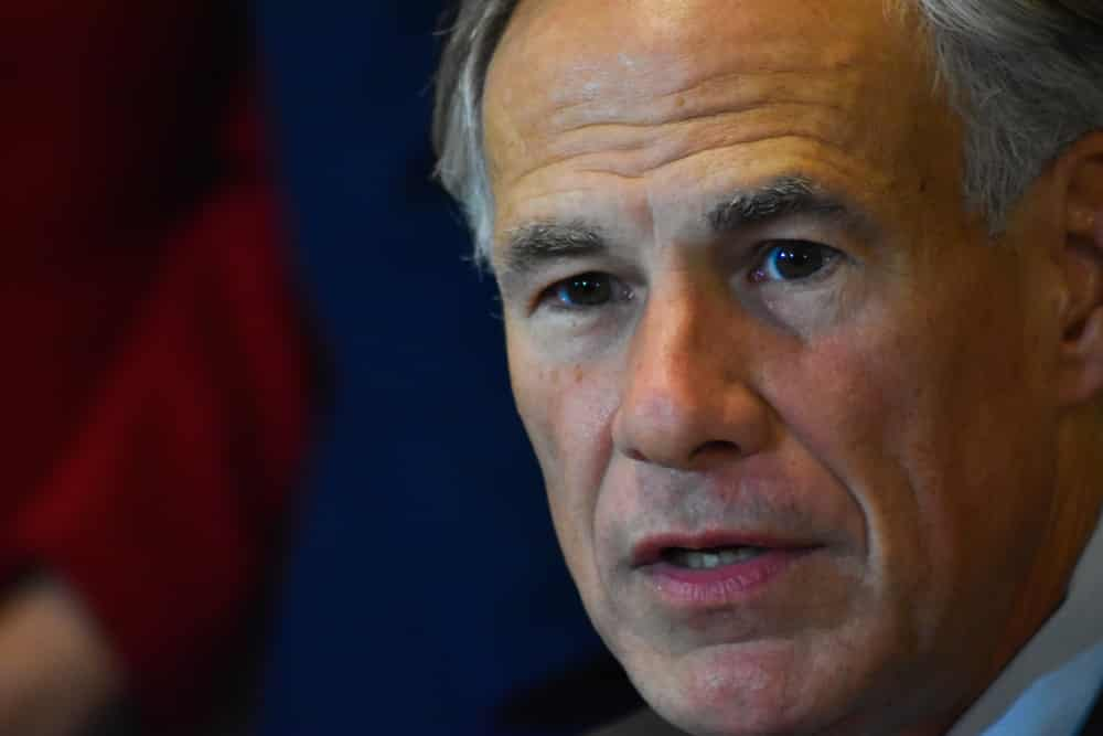 Texas Governor Abbott supports the Bill that prohibits Big Tech from censorship