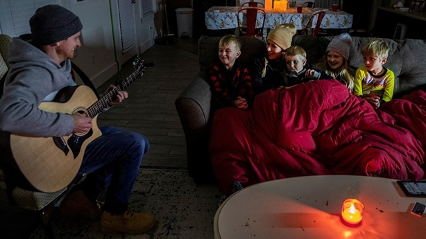 Texas record cold: Why no electricity, no water ....?