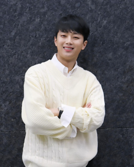 Chanwon Lee, #1 star who seems to be good at investing in stocks...  'Smart Chanto'