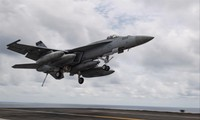 An F / A-18E Super Hornet took off from the USS Theodore Roosevelt on April 5 Photo: US Navy