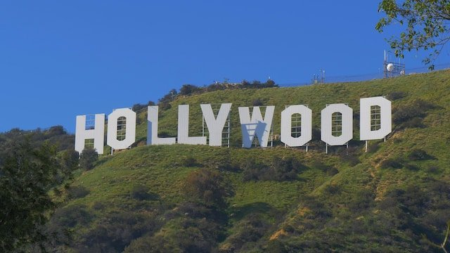 "Hollywood and the 9 most ""hypocritical"" topics: China, #MeToo, Climate Change ..."