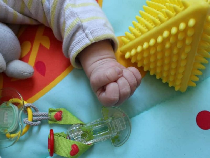 Babysitter Six months in prison for beating a baby