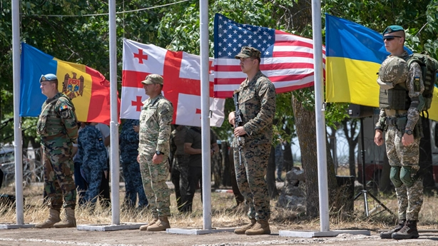Wishes were difficult in NATO, Ukraine asked Germany for help