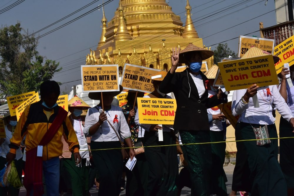 Myanmar: Five more people were killed on Saturday;  the military punishes critics online