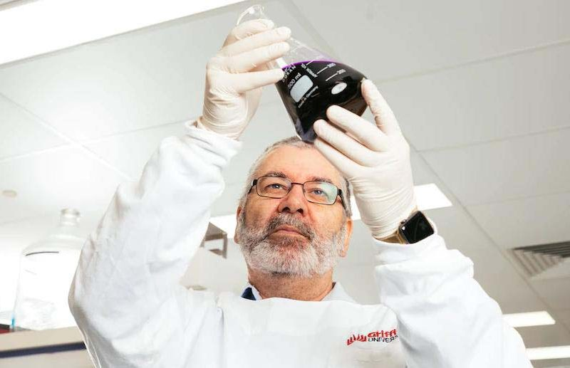 Professor Nigel McMillan, leader of the research group on therapy to kill nCoV in the lungs.  Photo: Griffith University.