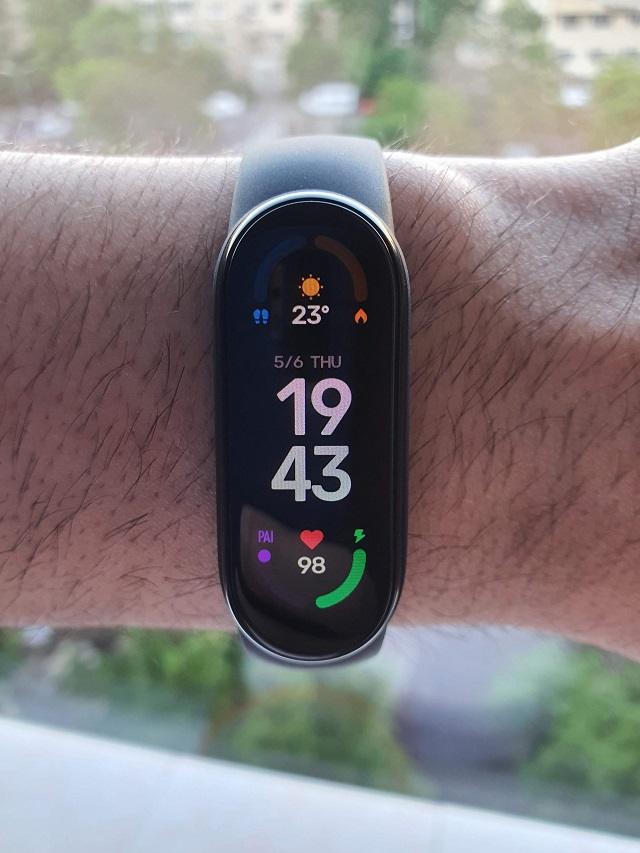 Is Xiaomi Mi Band 6 the 'king' of wearables that monitor health?