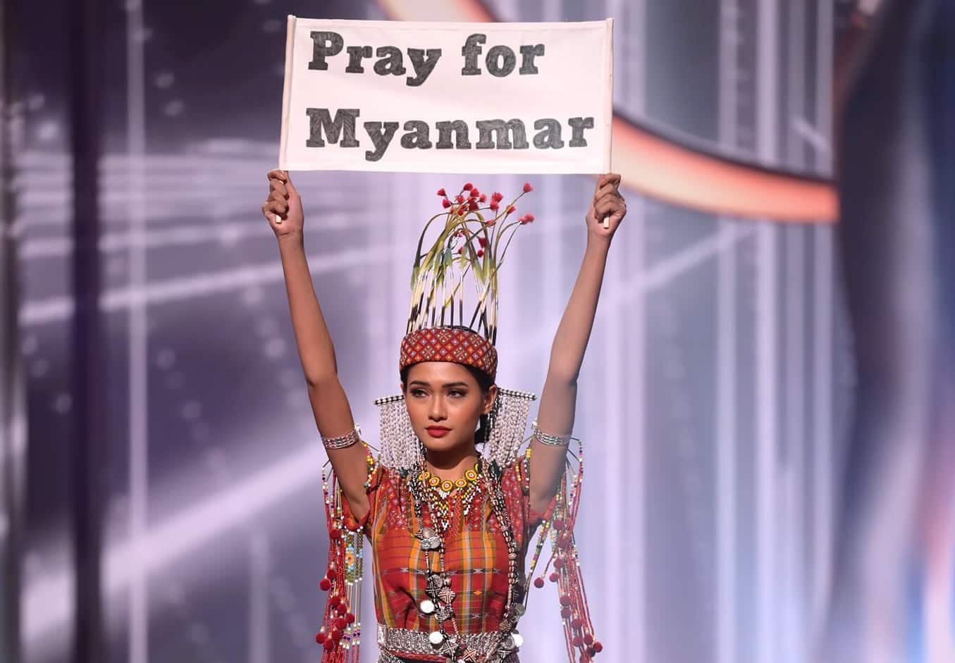 """Miss Universe 2021: Miss Myanmar won the """"Best National Costume"""" award"""