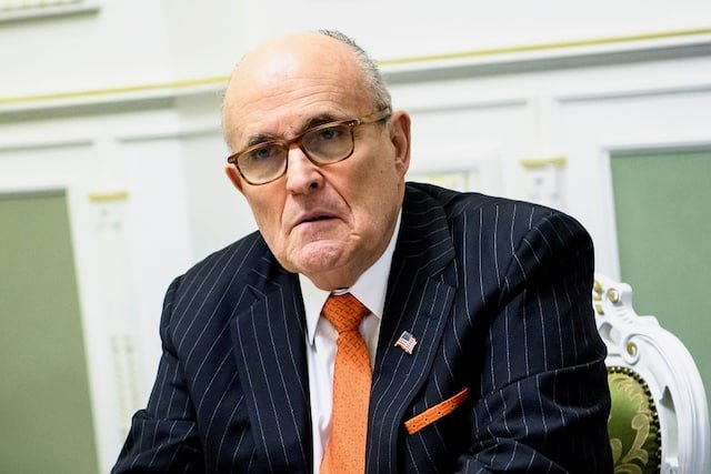 Federal agents raided LS Giuliani's apartment, confiscated electronic equipment