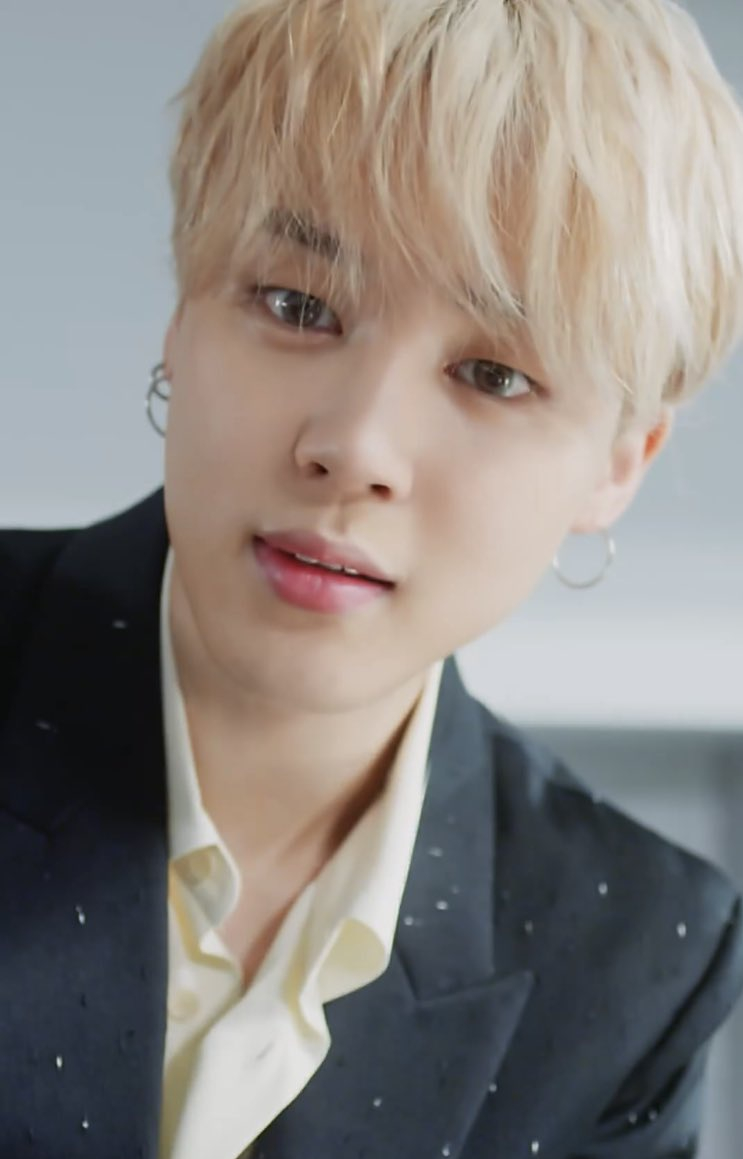'Would you like to drink Jimin coffee together?'  BTS Jimin, transformed into a romantic barista.. A dazzling boyfriend beauty 'heart, stop, attention.'