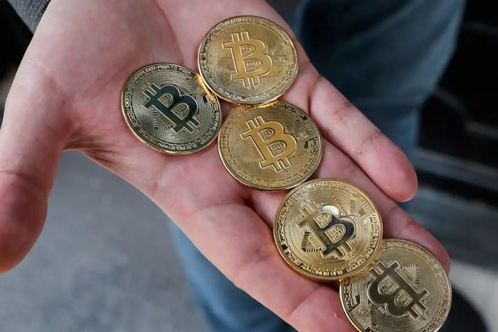 """Free-falling cryptocurrency engulfs the rich dreams of the """"lost generation"""" in Korea - VnReviewRe"""