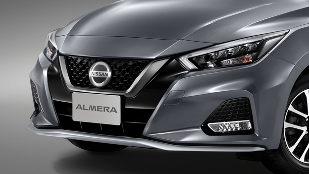 Nissan Almera adds Sportech version, waiting for the day to return to Vietnam