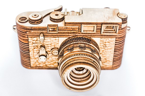 This Leica M3 replica is only $89 (and made entirely of wood): Digital Photography Review