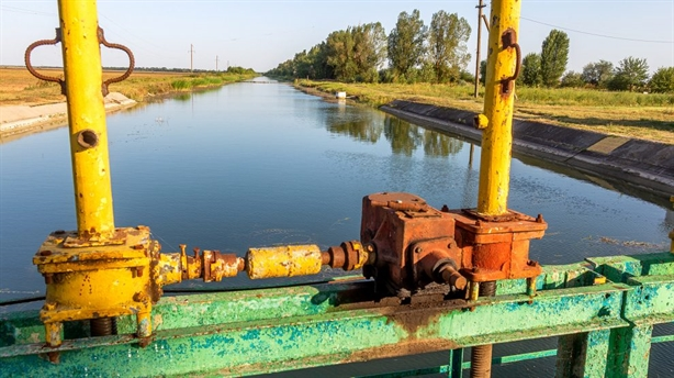 Kiev offers to exchange Donbass for fresh water for Crimea?