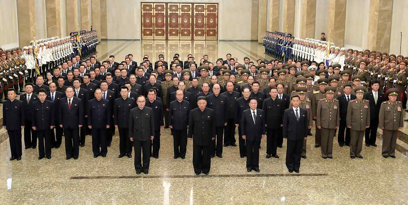Kim Jong-un (second row first from left) visits the Palace of the Sun on July 7.  Ri Pyong-chol