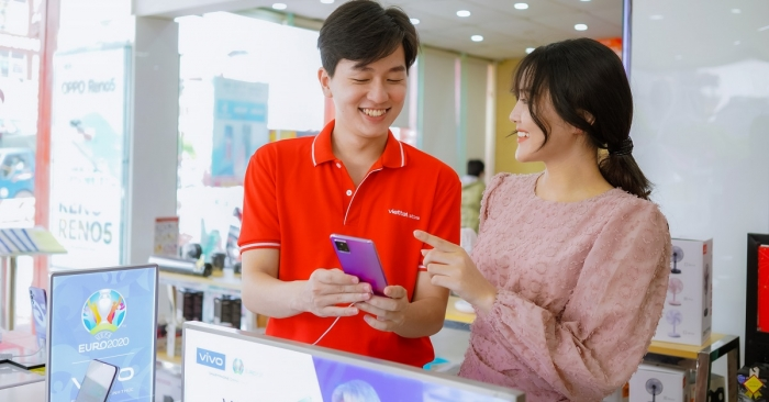 Celebrate vivo week at Viettel Store: Instant discount up to VND 700,000
