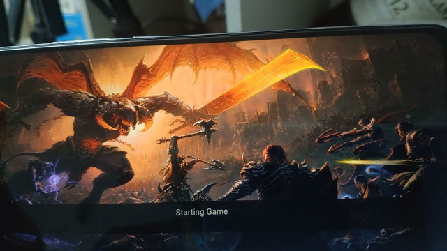 Experiment with playing Diablo Immortal 60 fps on cheap phones for only 3 million - Photo 2.